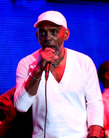 Frankie_Beverly_and_Maze_at_the_Essence_Festival (1)